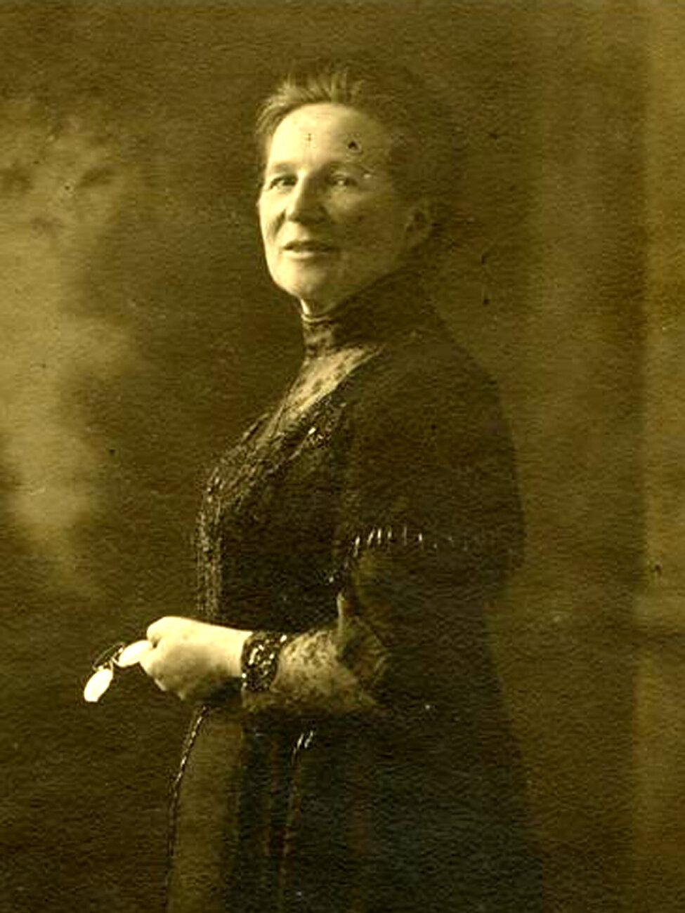 Bakešová L vroce 1913 kopie